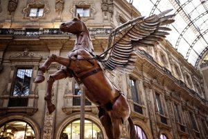 Pegasus Statue 02 – Galleria Vittorio Emanuele II 4K