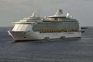 Mariner of the Seas Cruise Ship (2) 4K