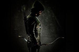 Oliver Queen in the dark (Arrow) HD