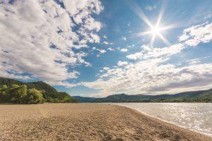 Sunshine above the beach 6K