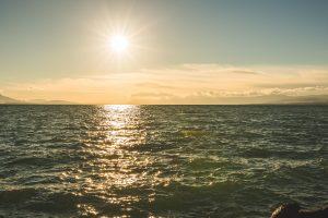 Sunshine above the sea 4K