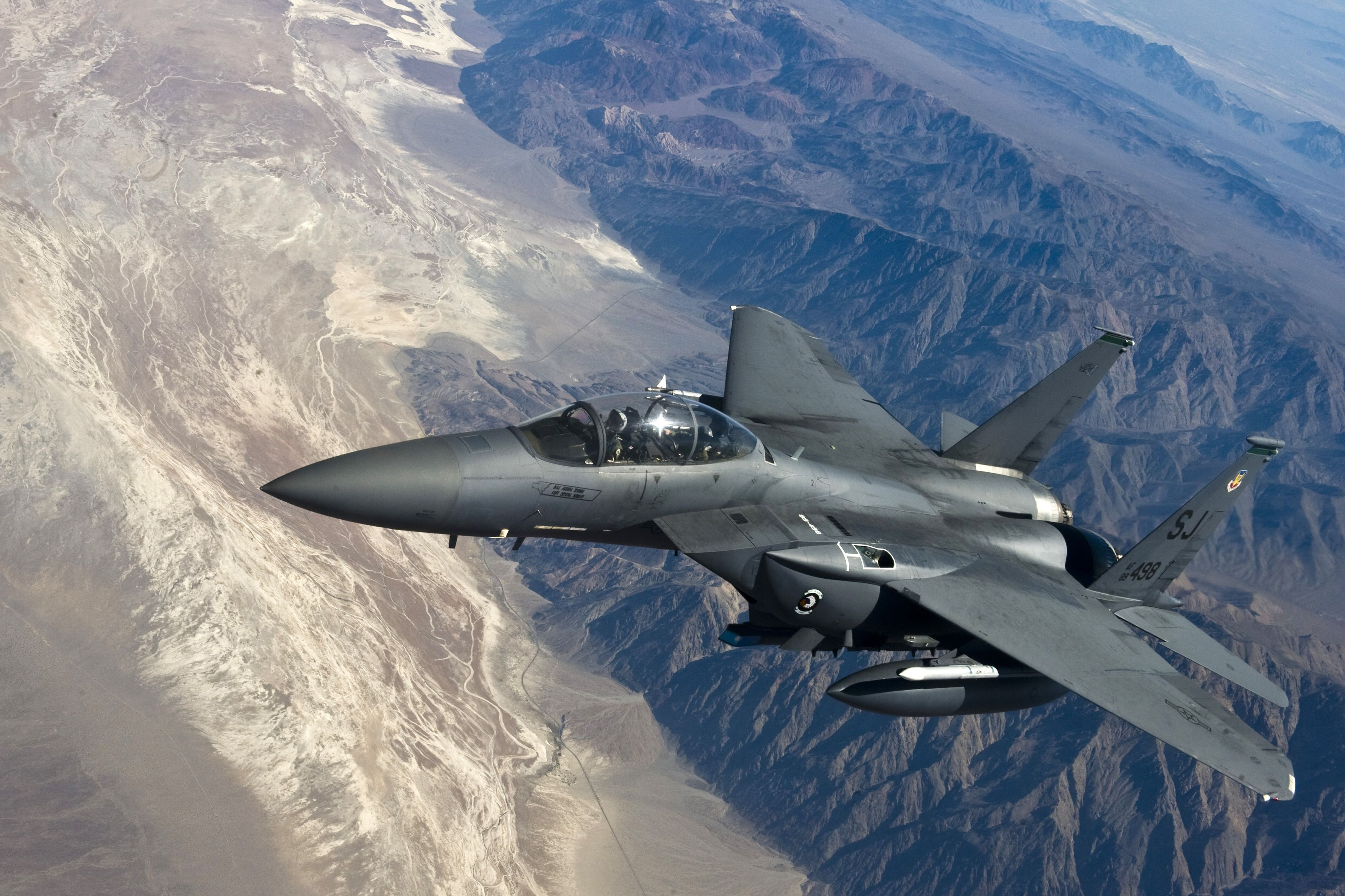 f-15e strike eagle 4k uhd wallpaper | wallpapers.gg