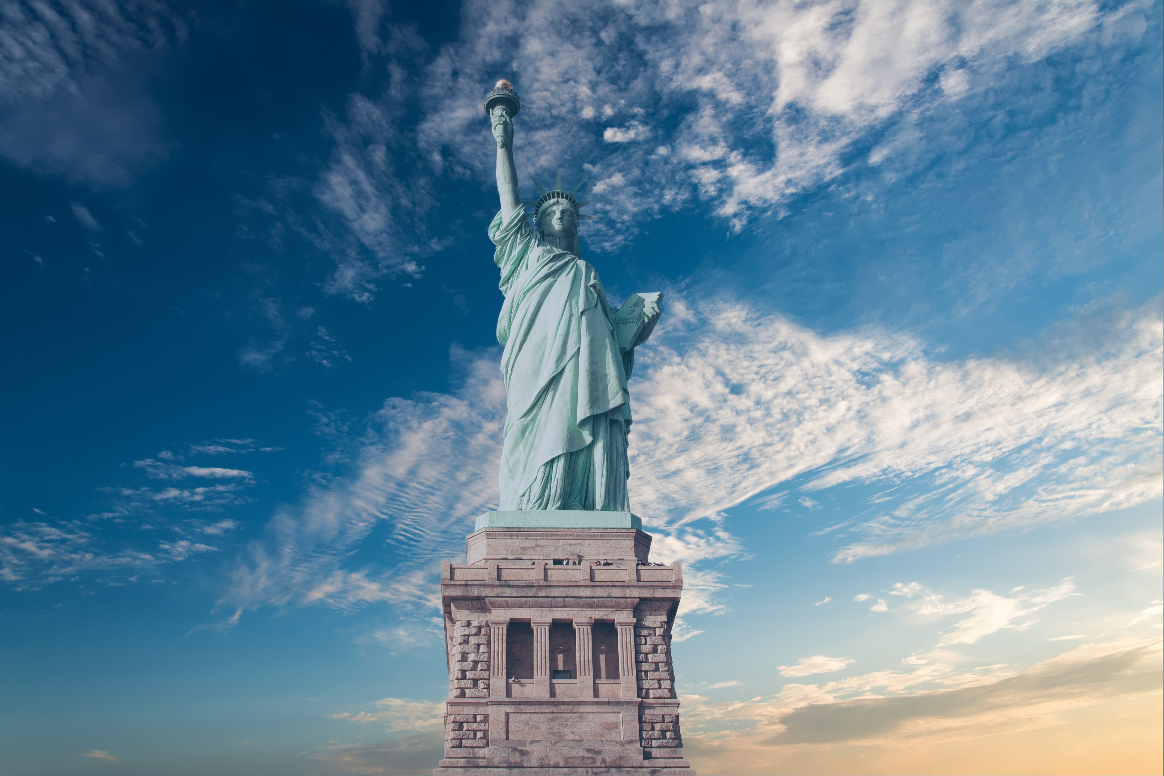 The Statue Of Liberty 4k Uhd Wallpaper