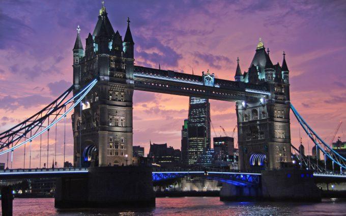 Tower Bridge 01