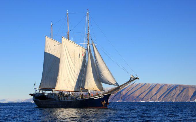 Sailboat in Greenland 1