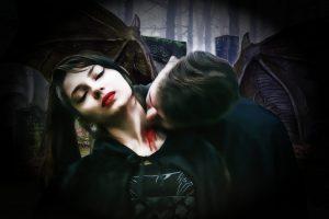 A Vampire bites a woman 4K