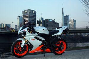 Yamaha YZF-R1 (Orange & White) HD