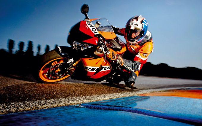 Honda CBR1000RR Fireblade Repsol 02