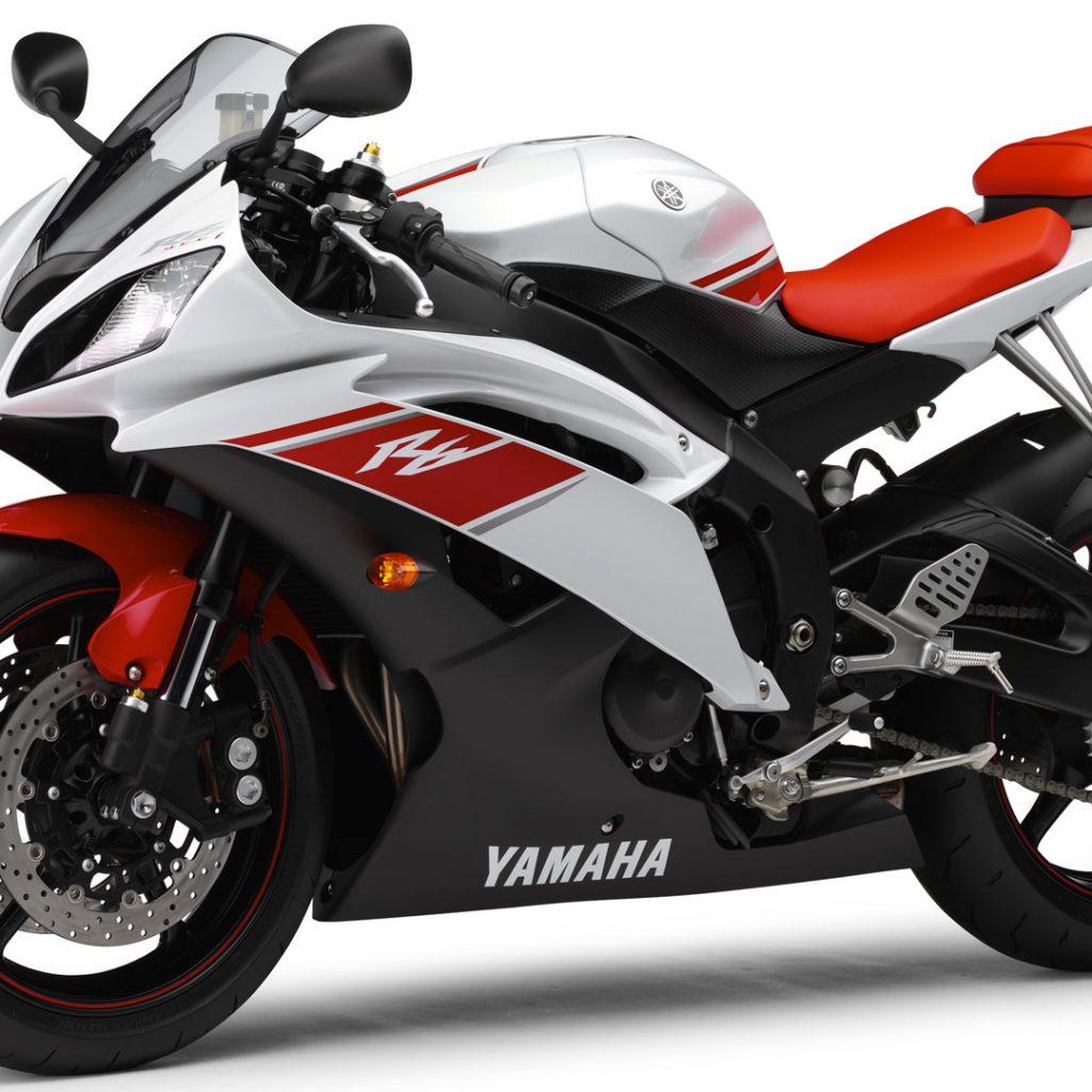 Yamaha R6 2009 01 (Red & White) HD Wallpaper
