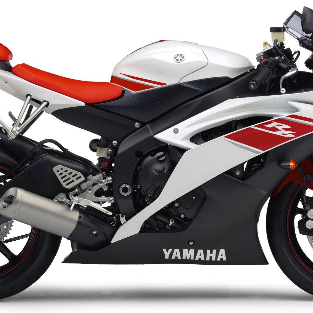 Yamaha R6 2009 02 (Red & White) HD Wallpaper