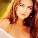Gorgeous woman with dark blonde hair ultrahd