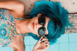 Pretty Woman Blue Hair Sunglasses Summer 4K Ultra HD