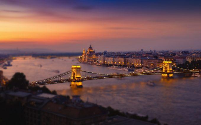 Budapest At Nightfall HD