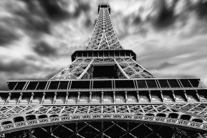 The Eiffel Tower HD