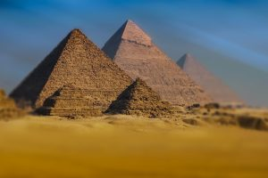 The Giza pyramid complex HD